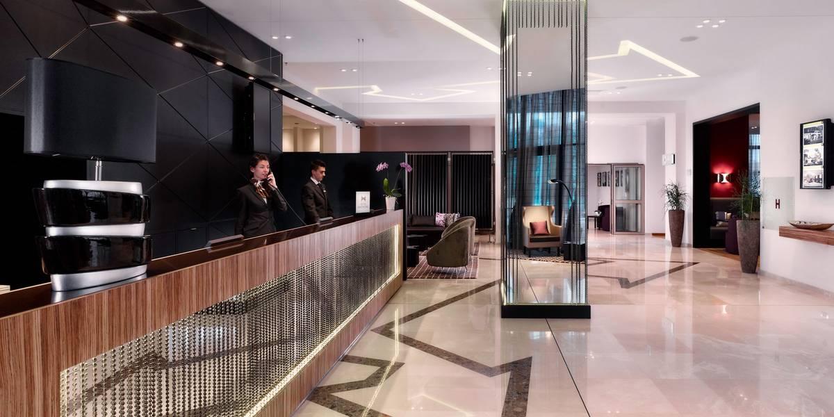 Notholt Lighting Design Hotel Doubletree By Hilton