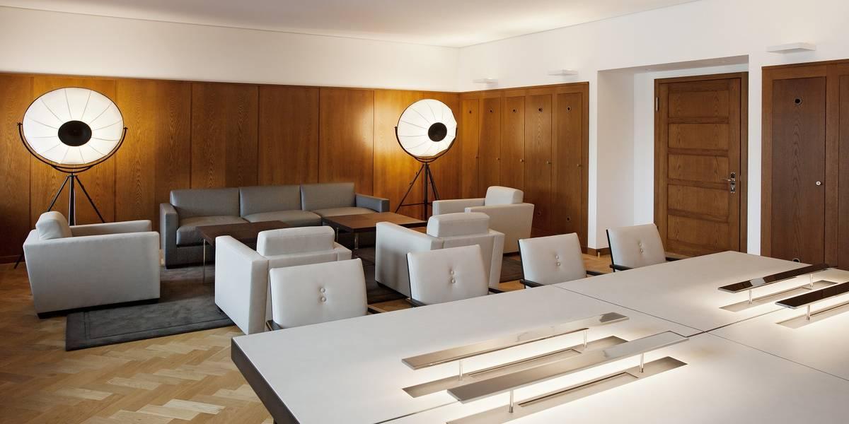 Notholt Lighting Design Buro Verwaltung Lichtkonzepte Und